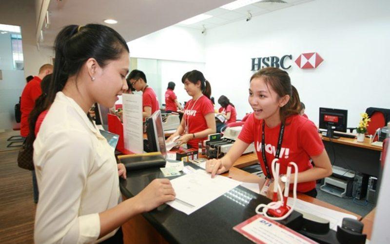 Khách hàng chuẩn bị hồ sơ, điểu kiện, thủ tục gửi tiết kiệm tại HSBC