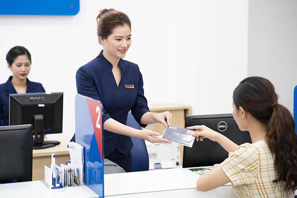 Hướng dẫn cách tính lãi suất thẻ tín dụng SCB