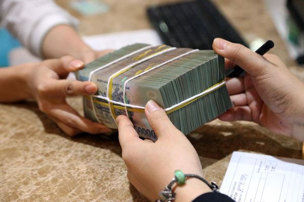 Vay ngân hàng 300 triệu có ưu điểm gì?