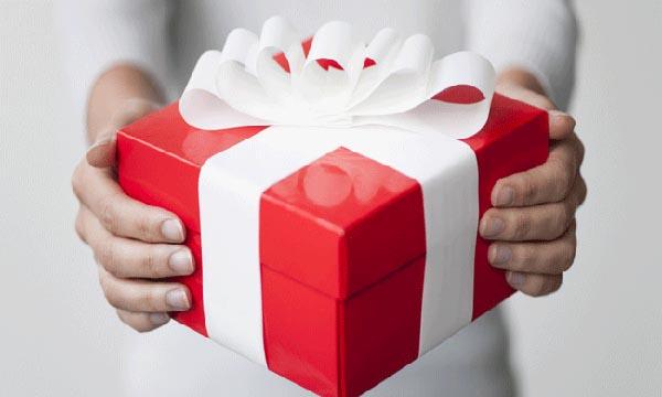 Gửi tiết kiệm ngân hàng VPBank để nhận được các phần quà hấp dẫn.