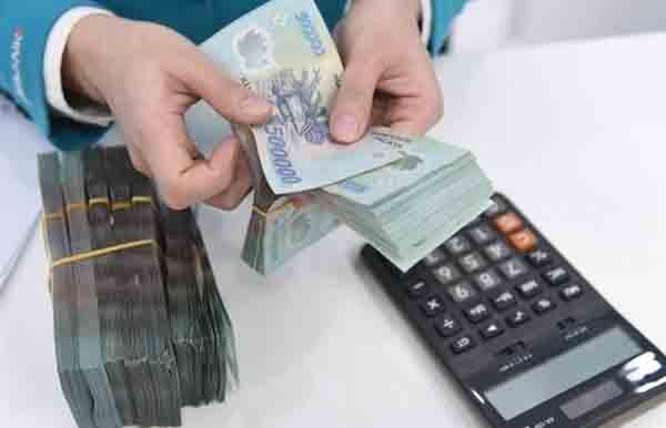 Gửi ngân hàng 200 triệu lãi suất bao nhiêu 1 tháng